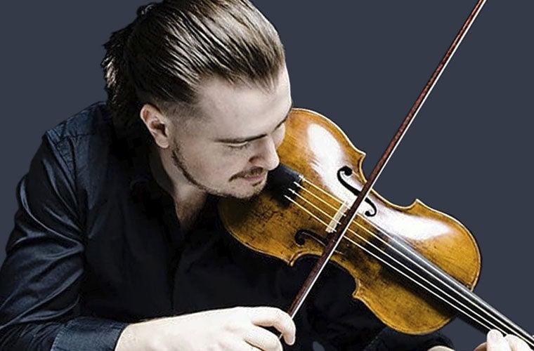 """Triple Threat Dmitry Sinkovsky Leads Mozart's """"Jupiter"""" Symphony"""